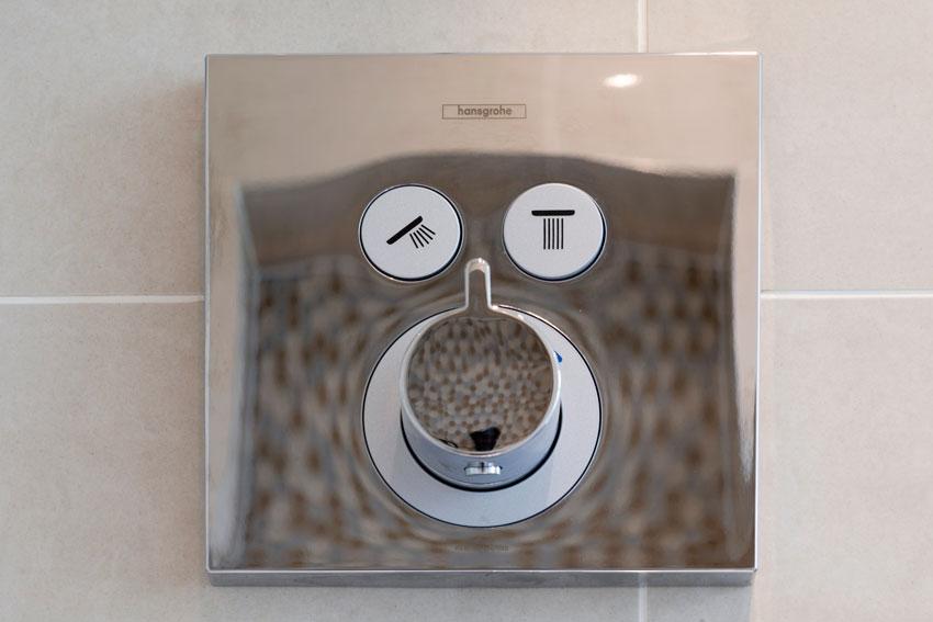 BR Plumbing & heating tap image